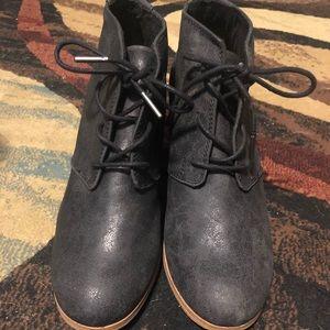 Toms bootie heels